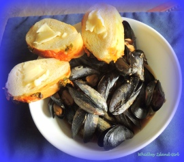 Whidbey's Spiced Mussels 218201501