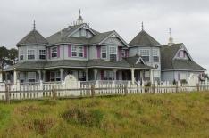 Despite the rain, I just had to capture this home....