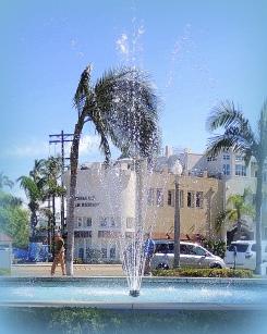 A fountain in front of the Hotel Del Coronado.